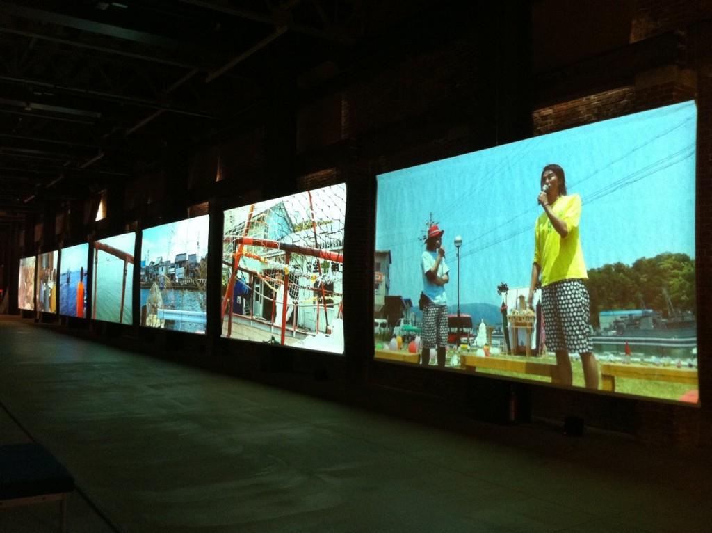 「種は船」「船は種」ドキュメント展 展示風景の1コマ